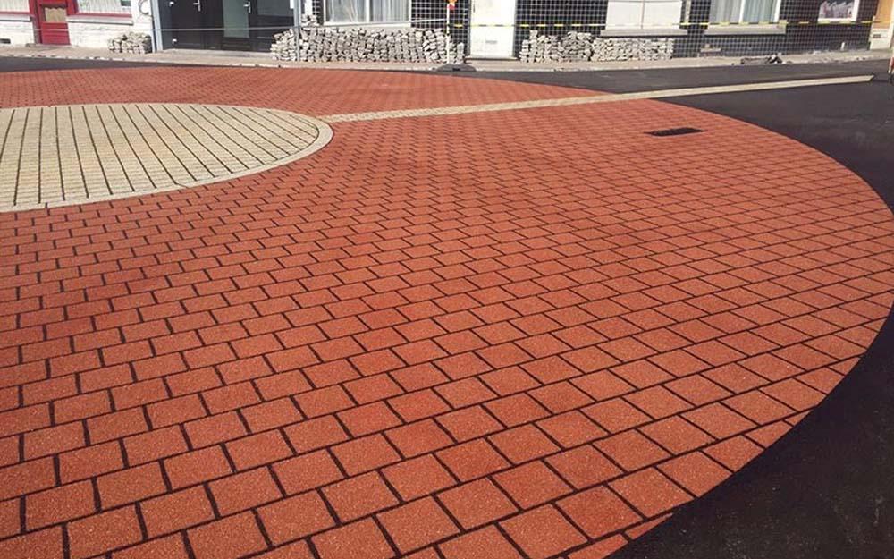 anti skid paving installers